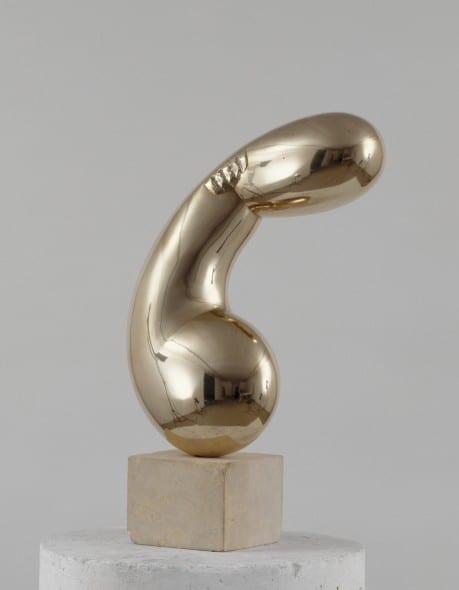 Constantin Brancusi, Princesse X (Princess X), 1915-1916, bronze, 61.7 x 40.5 x 22.2 cm. Collection Centre Pompidou, MNAM-CCI, Paris.