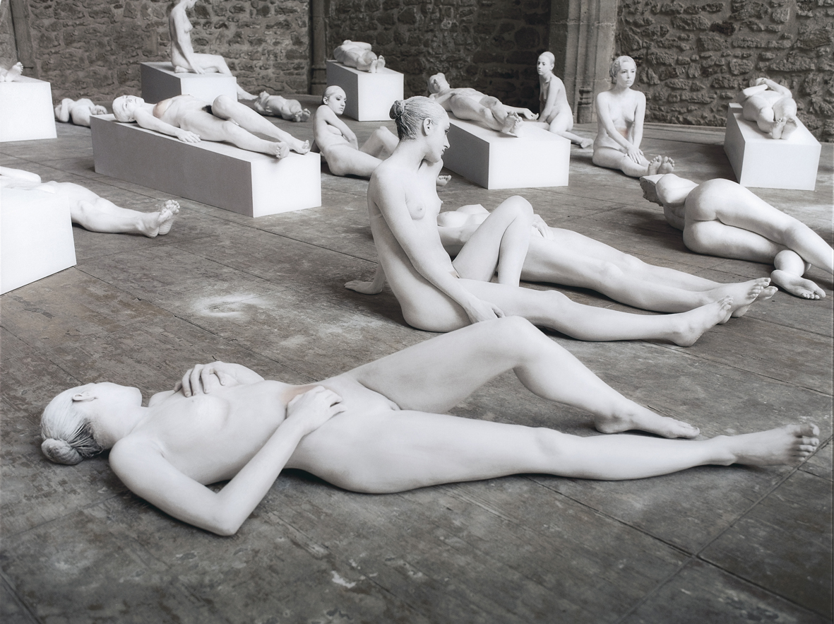 Vanessa Beecroft_VB62.042