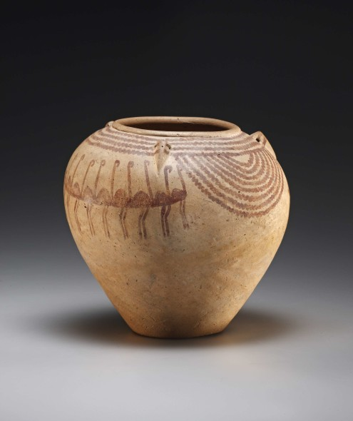 Cahn International AG /Stand 422 Title: Lug-handled jar with flamingoes Caption: Clay, reddish glaze. Conically tapered jar with three pierced lug handles on the shoulder, decorated on both sides with a group of nine stylized flamingoes, marching one behind the other to the right. Arranged concentrically around the moulded rim are four zigzag lines, while a further seven hang down in concentric semicircles on two sides of the shoulder Height 19.1 cm Egypt, Predynastic Period, Naqada II, ca. 3500-3300 B.C.