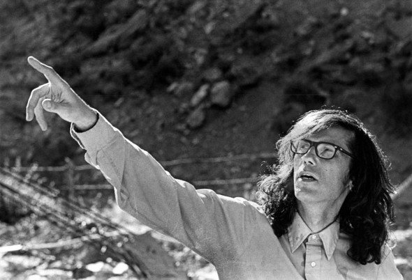 Christo directing work at Valley Curtain  1971  Photo: Bill Wunsch  © 1971 Christo