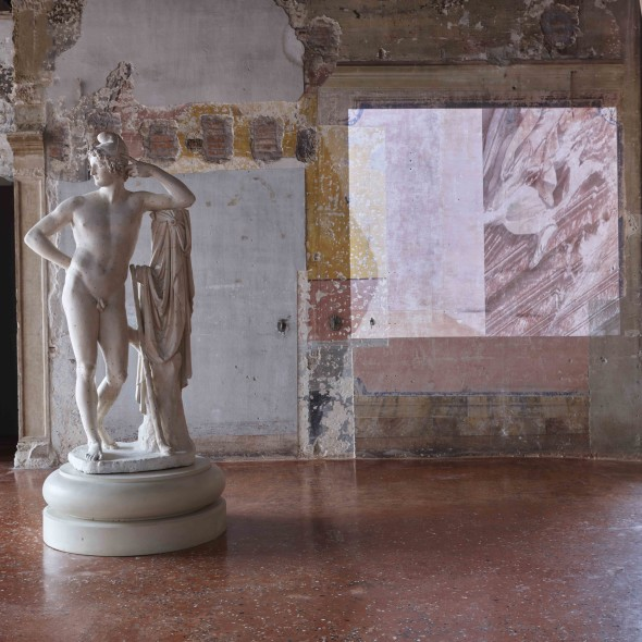 Paris by Canova and Castella Installation at second floor of Palazzo Fortuny © Jean-Pierre Gabriel