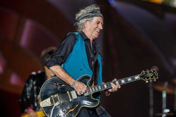 Keith Richards-Rolling Stones , performance in Indianopolis (Indiana), 2015