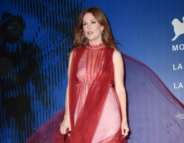 Mandatory Credit: Photo by Maria Laura Antonelli/REX/Shutterstock (9037295af) Julianne Moore The Franca Sozzani Award, 74th Venice International Film Festival, Italy - 01 Sep 2017