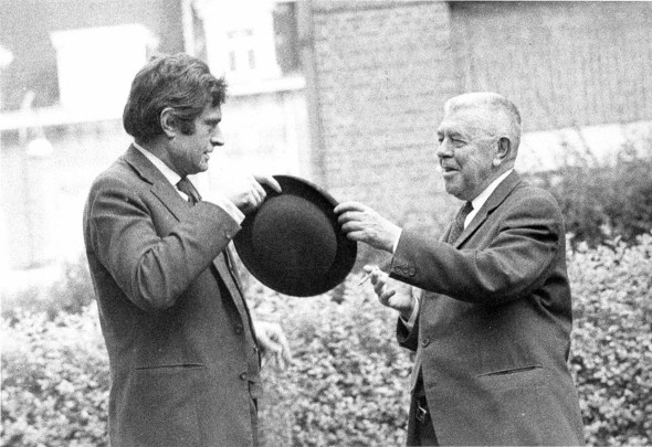 Marcel Broodthaers and René Magritte, 1967, private collection © The Estate of Marcel Broodthaers, Belgium / ©Photo: Maria Gilissen