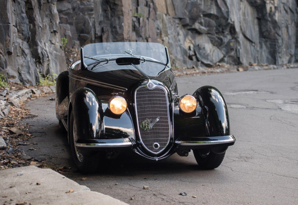 8C 2900B Lungo Spider Touring del 1939. Courtesy RM Sotheby's
