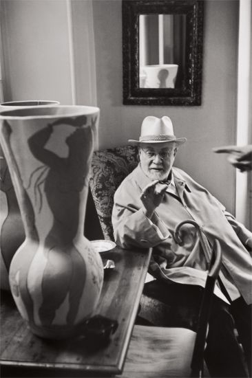 Lotto  35 Henri Cartier-Bresson, Henri Matisse observing a ceramic vase by Pablo Picasso, Saint-Jean-Cap-Ferrat, 1951 $7,000-9,000 $40,000 £29,940/€34,020 World Record for This Image at Auction