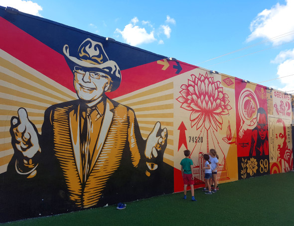 Shepard Fairey al Wynwood Art District
