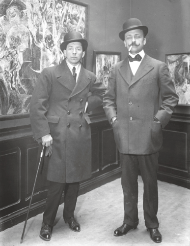 Boccioni and Marinetti at the Salon des Futuristes in Paris, circa 1910 © De Agostini Picture Library / Bridgeman Images