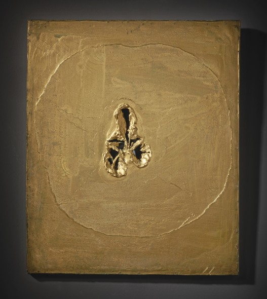 Lucio Fontana CONCETTO SPAZIALE SIGNED, OIL, HOLES AND GRAFFITI ON CANVAS, GOLD. EXECUTED IN 1963-64. THIS WORK IS REGISTERED IN THE FONDAZIONE LUCIO FONTANA, MILAN, UNDER N. 2313/1. Estimate 350,000 — 450,000 EUR LOT SOLD. 1,089,000 EUR