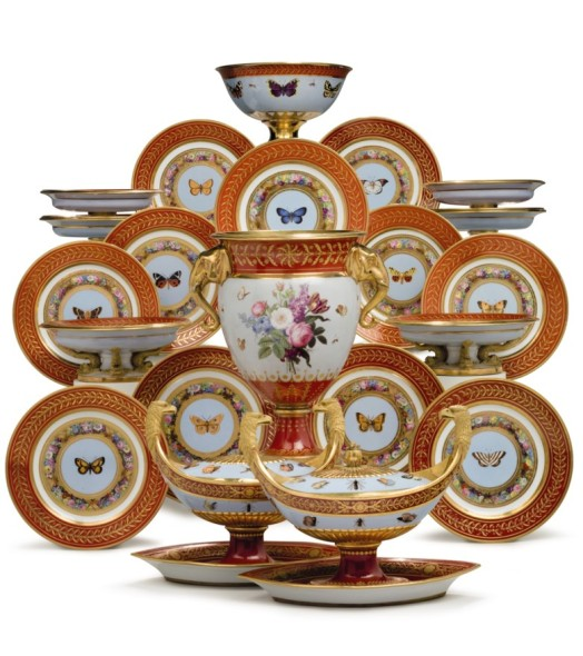 2018_nyr_16719_0118_000the_marly_rouge_service_a_sevres_porcelain_iron-red_and_sky-blue_groun