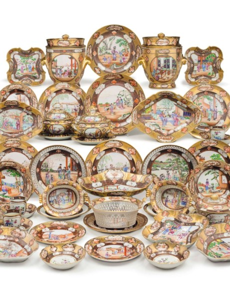 A CHINESE EXPORT 'ROCKEFELLER PATTERN' ASSEMBLED DINNER SERV... JIAQING PERIOD, CIRCA 1805 Estimate USD 100,000 - USD 150,000