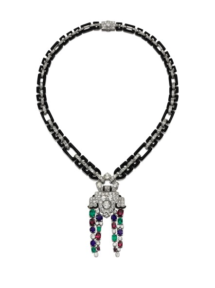 Lot 324 Cartier Fine gem set, onyx and diamond necklace, 1930s and later Estimate: CHF 200,000 – 385,000 / US$ 200,000 – 400, 000