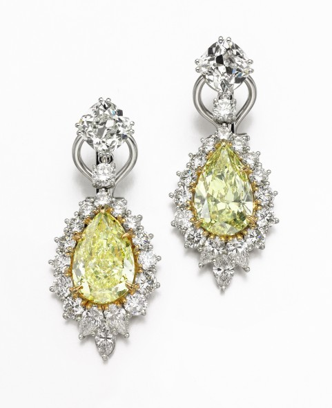 Lot 349 Pair of fancy intense yellow diamond pendent earrings Estimate: CHF 250,000 – 345,000 / US$ 250,000 – 350, 000