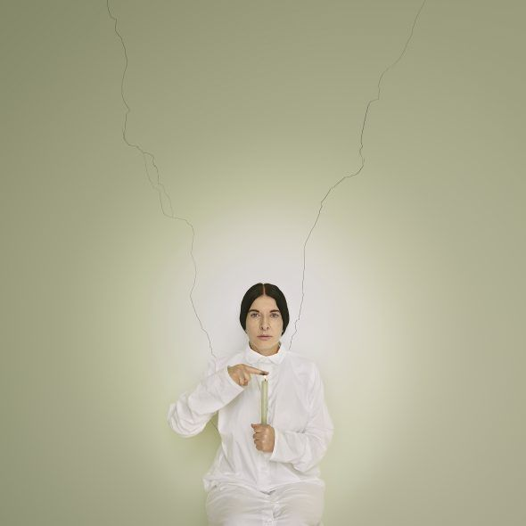 Marina Abramović Artist Portrait with a Candle (C) from the series Places of Power Brasilien 2013 © Marina Abramović, Courtesy of the Marina Abramović Archives VG Bild-Kunst, Bonn 2018