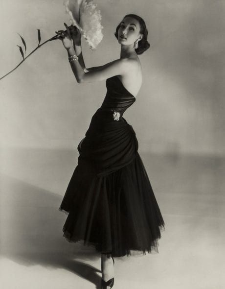 Horst P. Horst, Evelyn Tripp, New York 1951, cm 44,6x35. Courtesy Paci contemporary gallery (Brescia – Porto Cervo, IT)