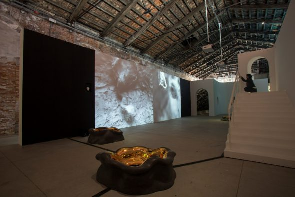 China-Pavilion-2019-installation-view.-Courtesy-La-BIennale-di-Venezia.Photo-Itali-Rondinella