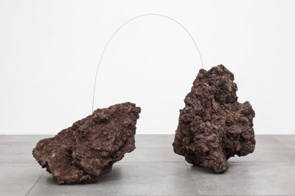 Living Metals II, 2019 Volcanic rock, copper cm 62 x 110 x 43