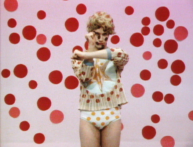 Ominous, Glamorous, Momentous, Ridiculous. Charles Atlas in scena a ICA Milano